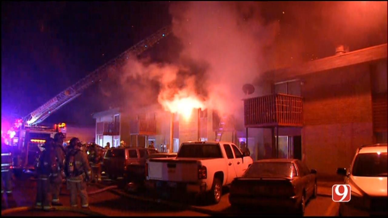 WEB EXTRA: Crews Battle NW OKC Apartment Fire