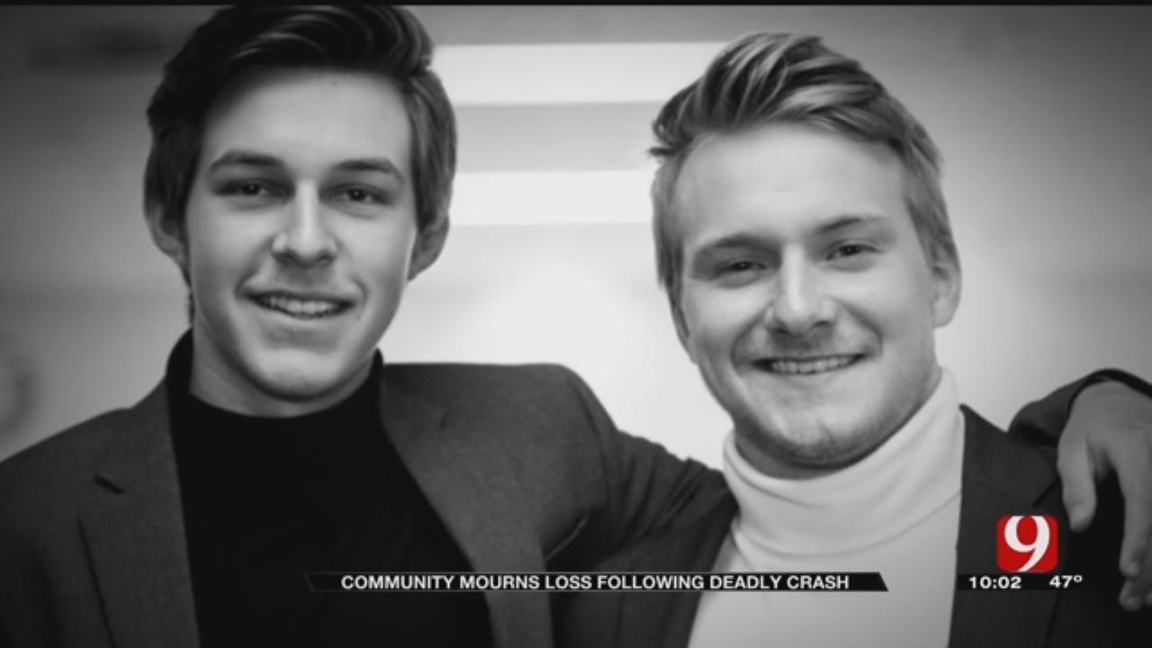 Metro Teens Killed In Crash