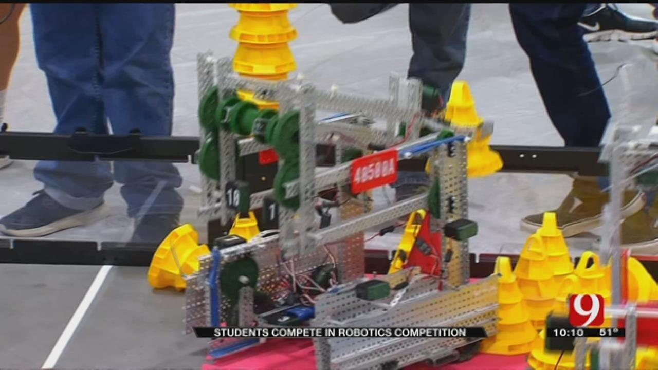 Metro Students Compete In Robotics Competition