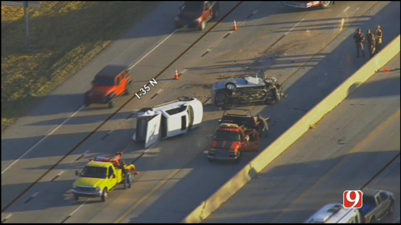 WEB EXTRA: SkyNews 9 Flies Over Double Rollover Wreck On I-35 In Edmond