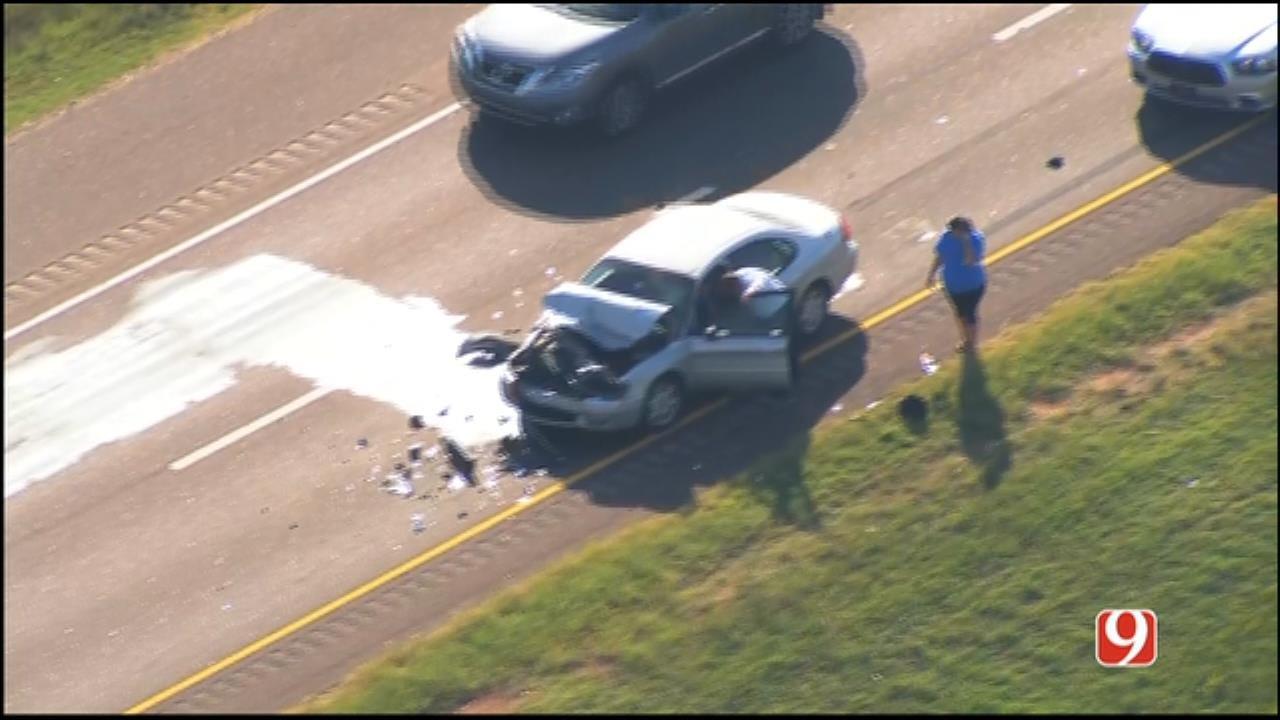WEB EXTRA: Bob Mills SkyNews 9 Flies Over Crash On NW Expressway
