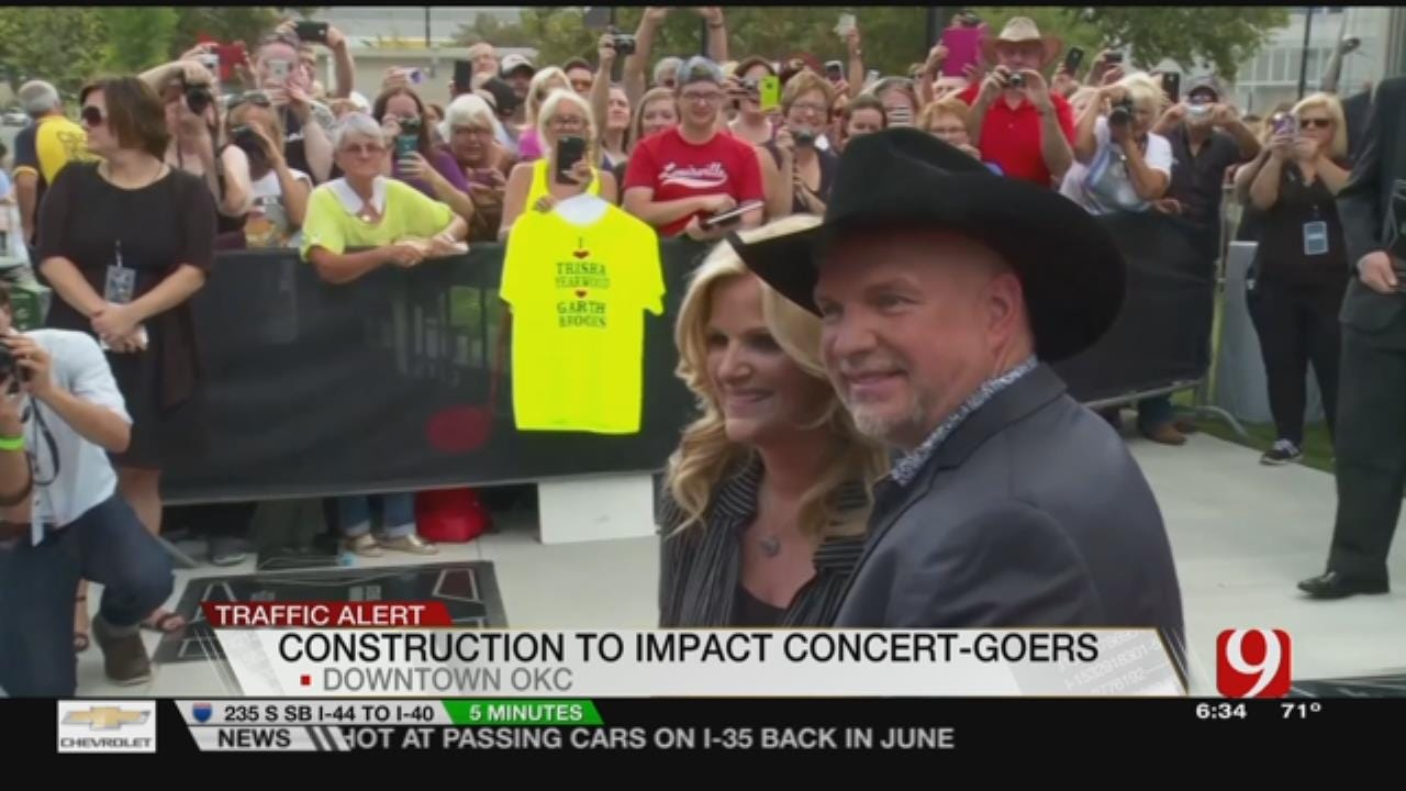 Record Crowds Expected This Weekend For Garth Brooks Concerts