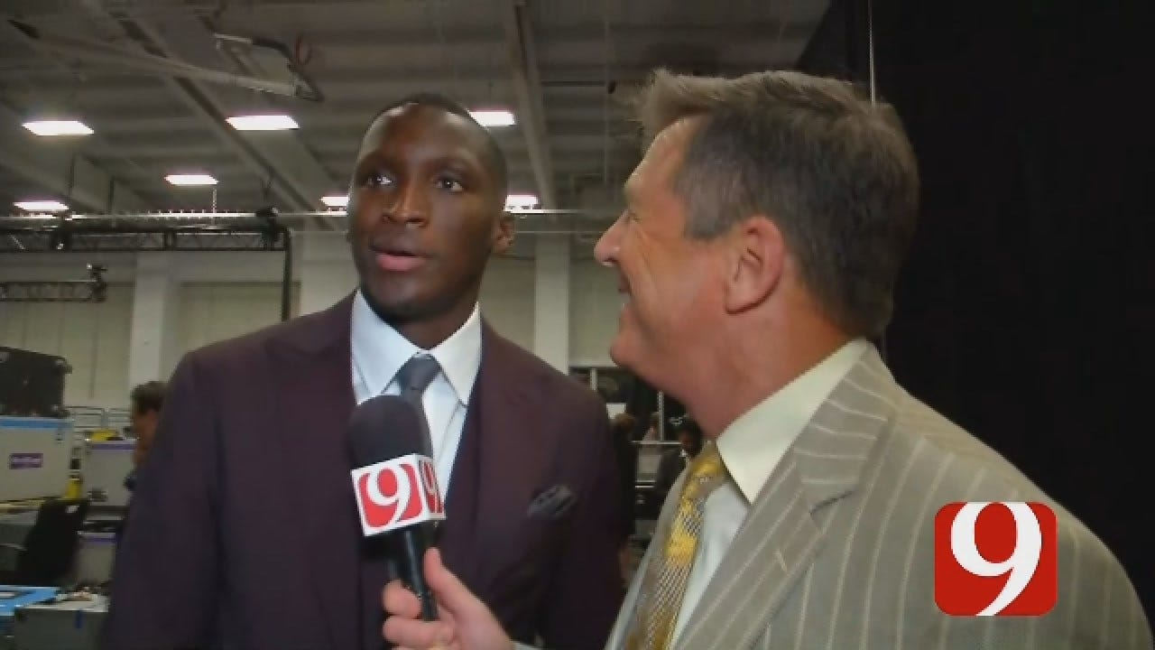 Dean Blevins Chats One-On-One With Victor Oladipo