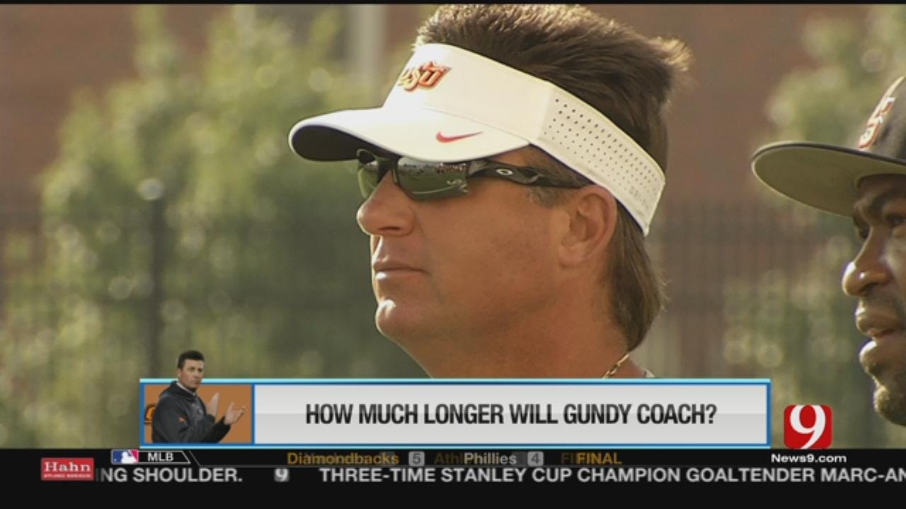 Mike Gundy Signs Roll-Over Contract With OSU