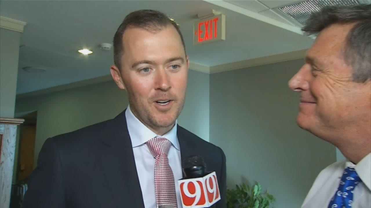 WATCH: Dean Goes 1-On-1 With New OU Head Coach Lincoln Riley