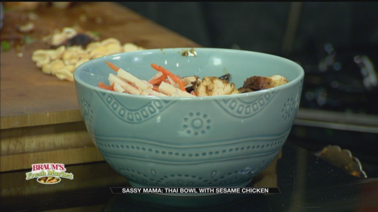 Thai Bowl With Sesame Chicken