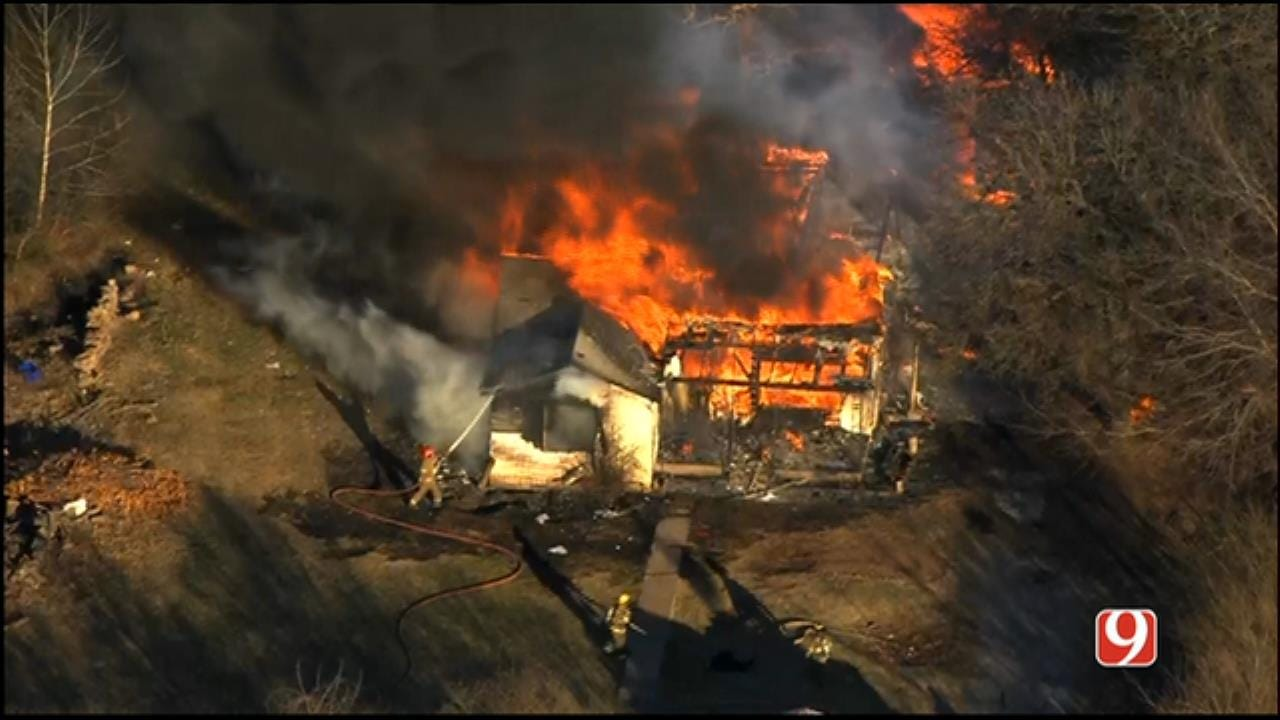 WEB EXTRA: SkyNews 9 Flies Over House Fire In Spencer