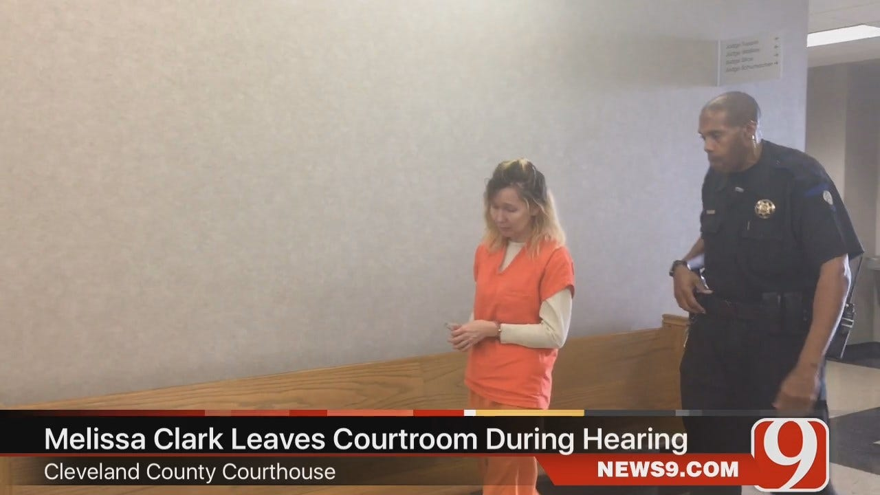 WEB EXTRA: Melissa Clark Leaving Courtroom During Lunch Recess