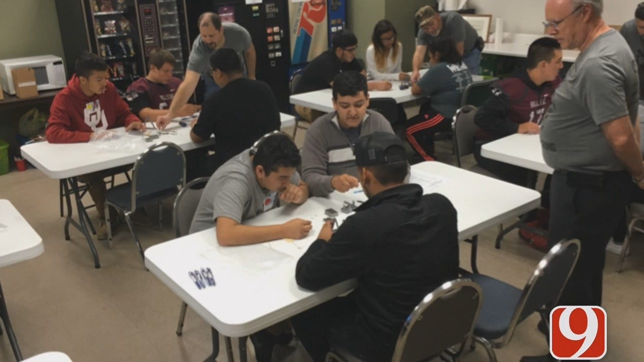 Kids Learn About STEM Careers During Manufacturing Week