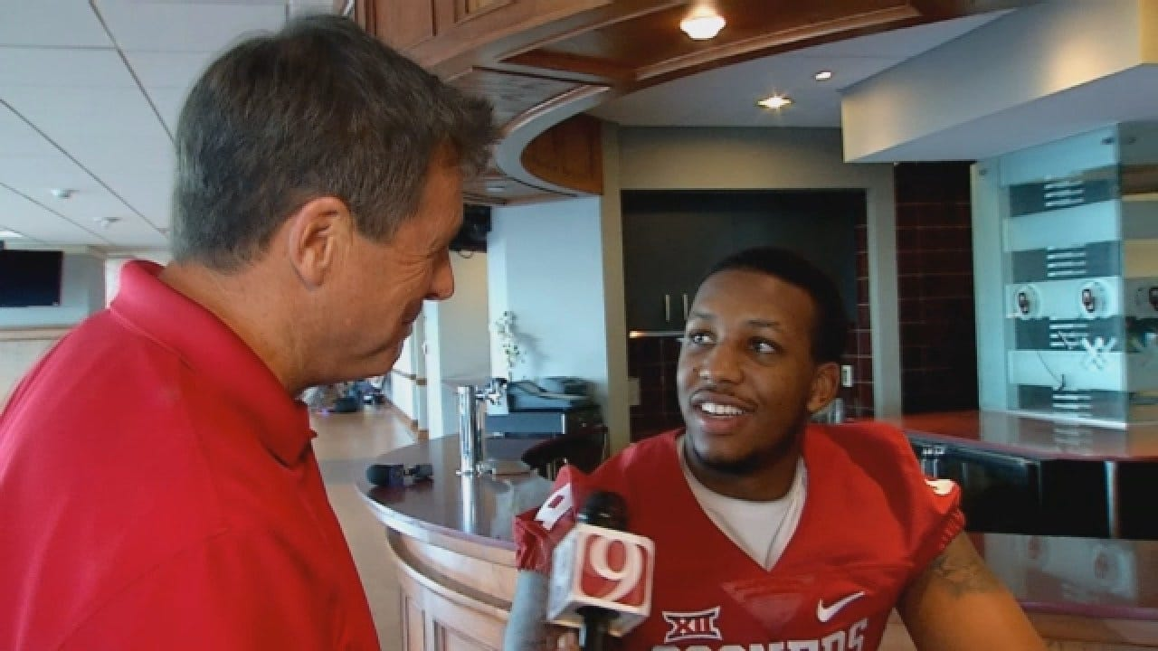 Dean Goes 1-on-1 With OU Linebacker Tay Evans