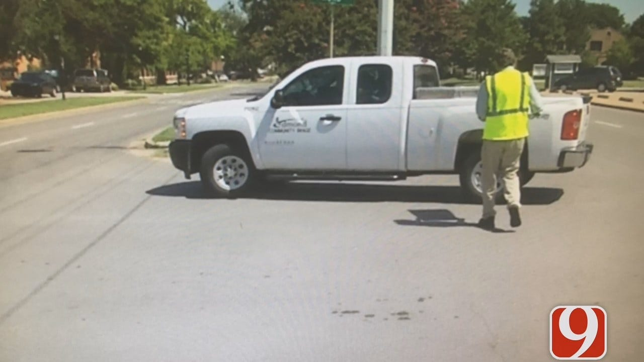 WEB EXTRA: Dana Hertneky Follows Edmond Workers' Effort To Clean Up Illegal Campaign Signs