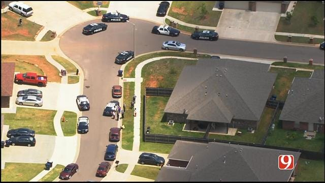 WEB EXTRA: Bob Mills SkyNews 9 Flies Over Scene Of Shooting During Possible Home Invasion