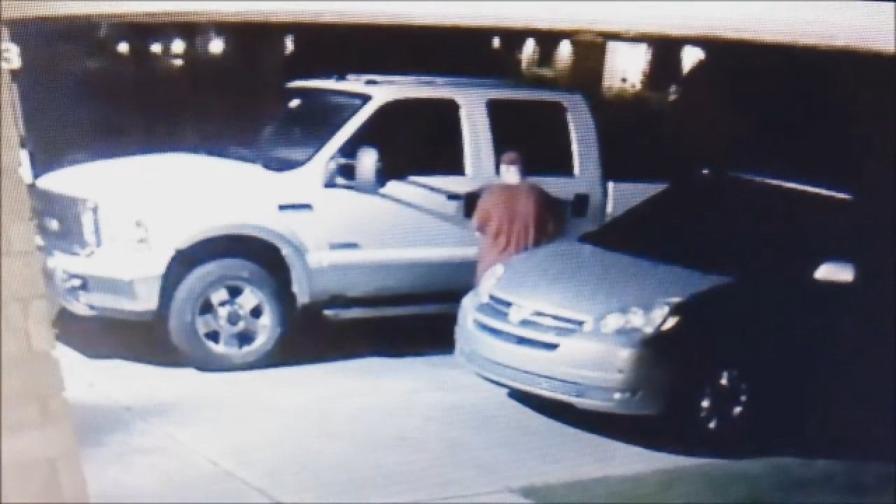 Web Extra, Police Release Video Of Pickup Theft