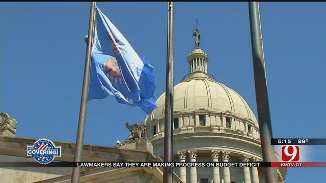 Lawmakers Closer To Budget Deal, Still Battling Over Borrowing