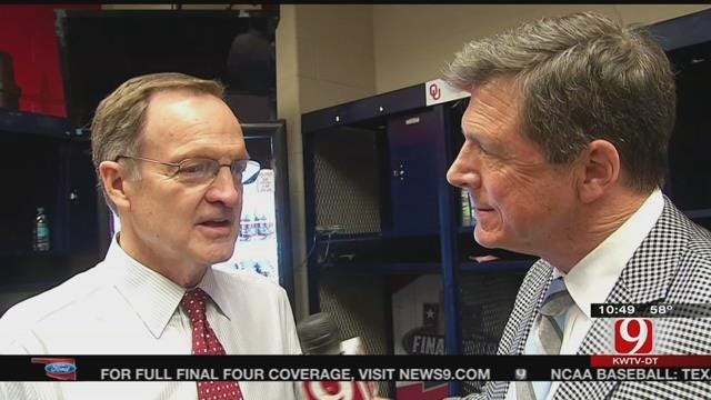 Dean Talks With Lon Kruger After Final Four Loss