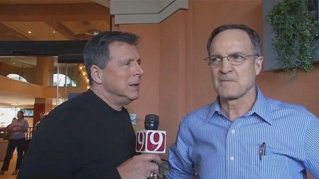 Dean Goes 1-On-1 With OU Head Coach Lon Kruger In Anaheim
