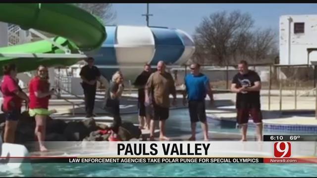 Law Enforcement Take Polar Plunge In Pauls Valley