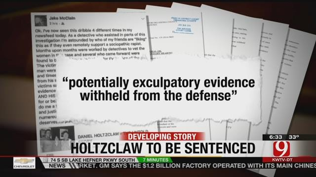 Holtzclaw's Attorney Files Motion For New Trial