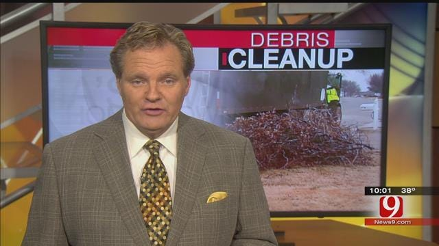 Crews Still Busy Cleaning Up Ice Storm Debris In OKC