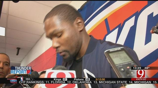 Durant Injures Hamstring In Win Over Wizards