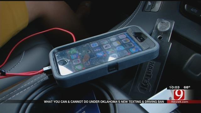 Texting And Driving Ban To Go Into Effect In November