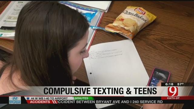 Compulsive Texting Affects Teens At School