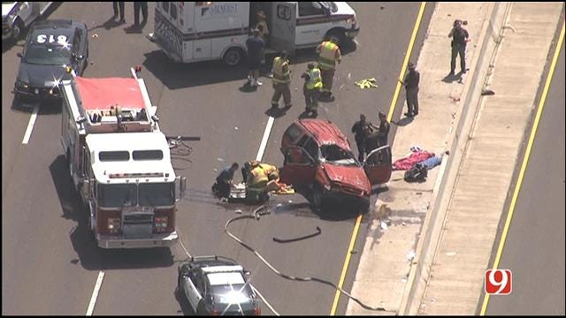 WEB EXTRA: SkyNews 9 Flies Over Two Car Crash In MWC