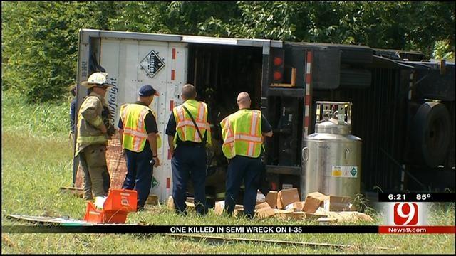 Semi Wreck Kills Man In Oklahoma County