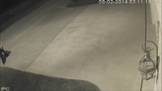 WEB EXTRA: Police Look For Suspect In NW OKC Home Burglary