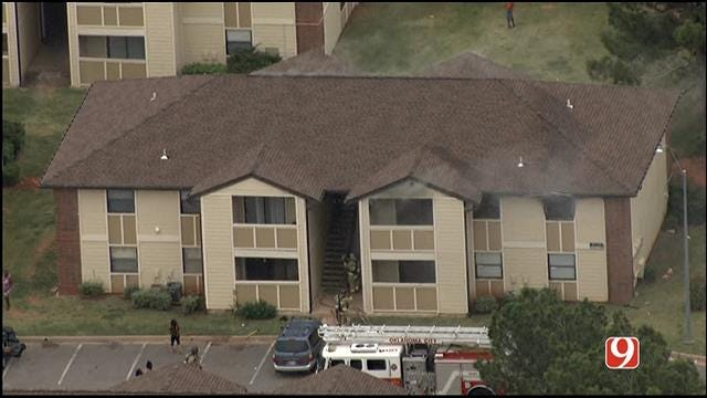 WEB EXTRA: Bob Mills SkyNews 9 HD Flies Over OKC Apartment Fire