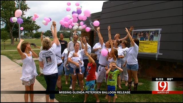 Family and Friends Release Balloons For Glenda Petersen