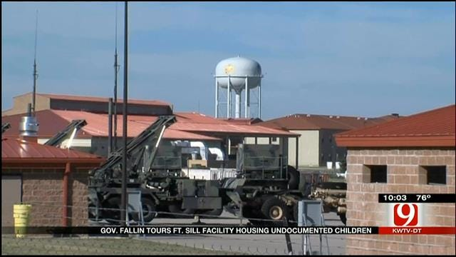 Governor Mary Fallin Tours Immigrant Housing At Fort Sill