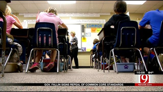 Governor Fallin Signs Repeal Of Common Core Standards