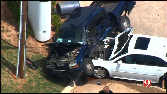Bob Mills SkyNews 9 HD Flies Over Scene Of Two-Vehicle Collision In Spencer