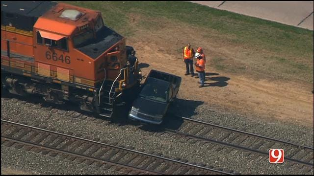 WEB EXTRA: Bob Mills SkyNews 9 HD Flies Over Norman Train Accident