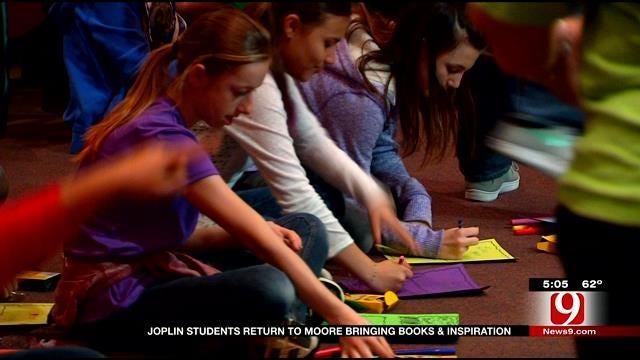 Joplin Students Meet Moore Students, Offer Support