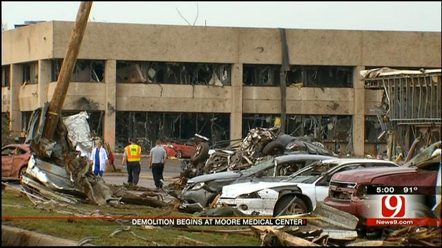 Employee Say Goodbye, Demolition Begins On Moore Medical Center