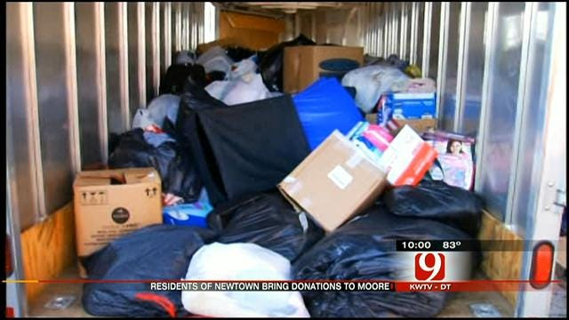Group From Sandy Hook Comes To Help Moore Tornado Victims