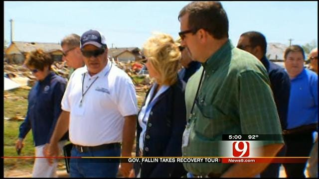 Oklahoma Governor Tours Moore To Monitor Tornado Recovery Efforts