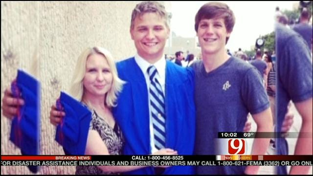 Mother Dies Riding Out Moore Tornado With Son