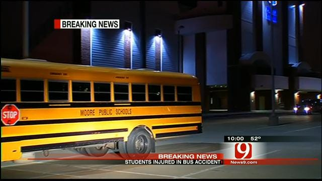 10 Students Injured After Moore High School Bus Crashes Into Pole In Stillwater