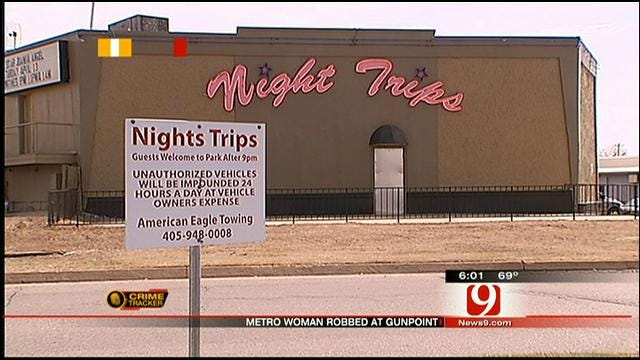 Man Arrested After Robbing Night Trip's Employee