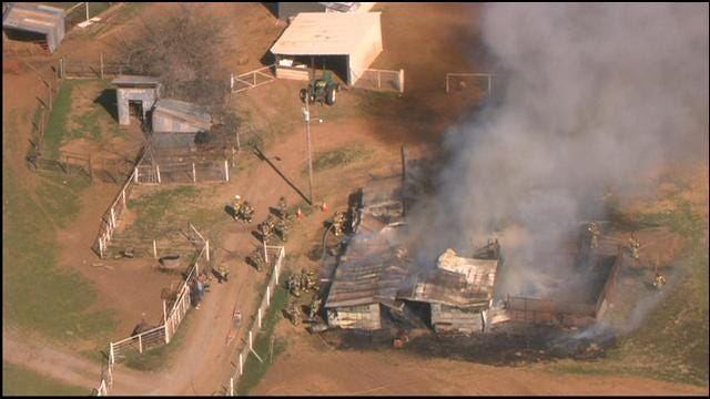 WEB EXTRA: SkyNews 9 Flies Over Barn Fire In NE OKC
