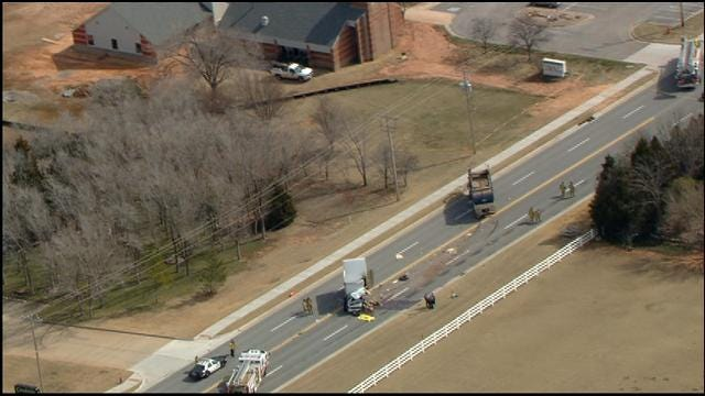 SkyNews 9 Flies Over Fatal Accident In NW OKC