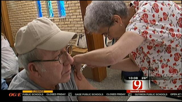 Flu Vaccine Barely Effective For Seniors, CDC Numbers Reveal