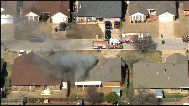 SkyNews 9 Flies Over House Fire In Southwest OKC