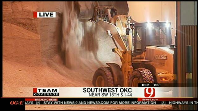 OKC Street Crews Busy Keeping Roads Clear From Snow