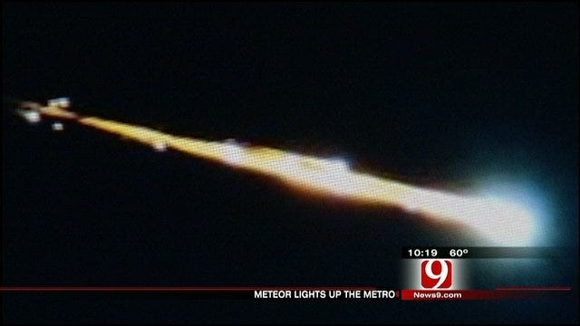 Meteor Lights Up Oklahoma City Sky, Switchboards