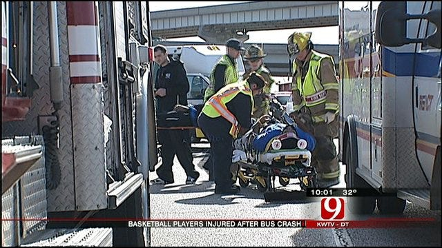 Basketball Players Hurt In Accident Near Shawnee