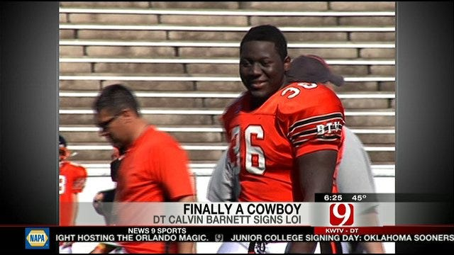 Calvin Barnett Signs With The Cowboys